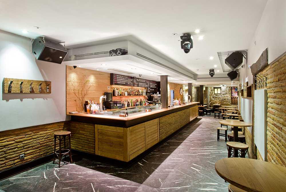 reforma local bar Otano